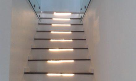 Beltéri lépcső készítés egyedi igényekre szabva!