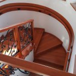 Beltéri falépcső készítés: házbővítéskor is számíthat ránk!