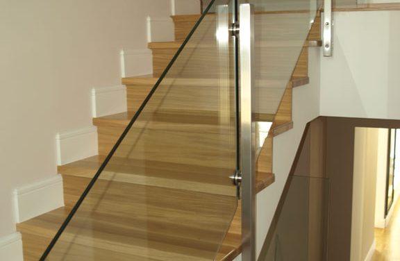 Beton lépcső burkolás fával: válasszon biztonságos megoldást!